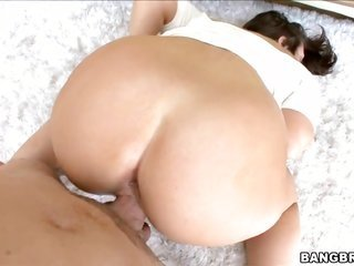 delicate dark brown chick loves cock
