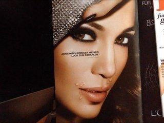 Jennifer Lopez cummed on lips