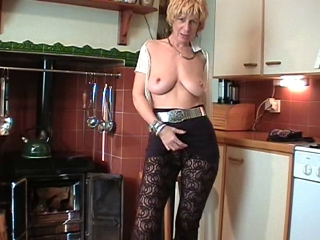 horny horny English Milf Puts On A utter !