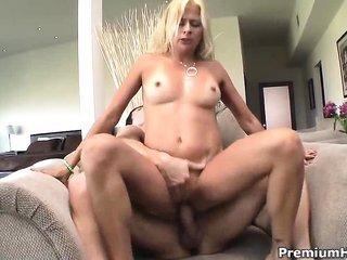 blonde cougar Payton Leigh warming up her wet crack to gather
