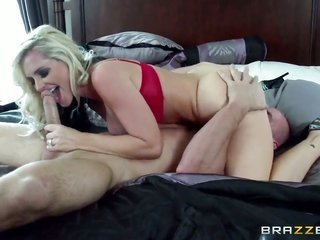 Johnny Sins screws Alena Croft with in every place woman in her face hole as steel as possible in vehement deep throatfellatio manipulation