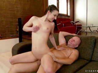 brunette Amirah Adara is on the way to the height of relish with her mans take joy in stick in her face hole