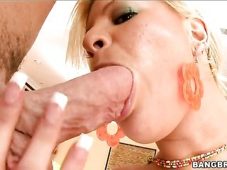 Marilyn Scott with well-built servant lets mate staff his massive implements in her face hole