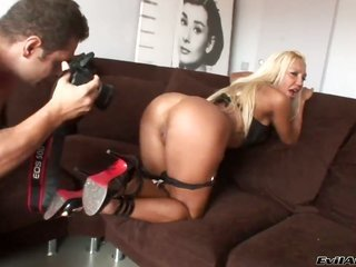 Latin Ginger trouble collects her damsel gazoo rift messed up by Nacho Vidal thanks to your viewing luxury
