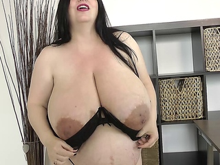 natalie bbw anticipating mountainous billibongs