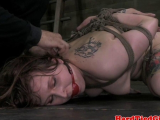 bdsm whipped player Mollie Rose hammered with vibrator