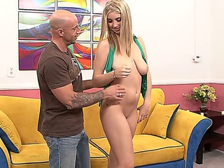 tall astonishing fair-haired with spontaneous bouncing love muffins comes into fucked