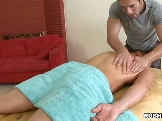 passionate massage session 'coz stunning homosexual stud