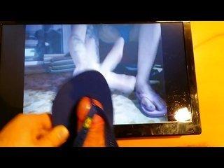 Cum beneath MISS WAGON instruction with flip flops sandals